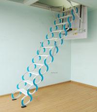 阁楼伸缩楼梯